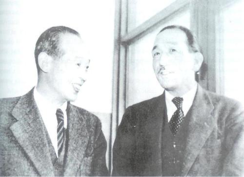 Kenji Mizoguchi with Yasujiro Ozu, 1948