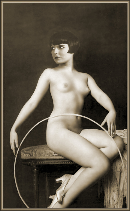 Louise Brooks by Alfred Cheney Johnston (Ziegfeld Follies)
