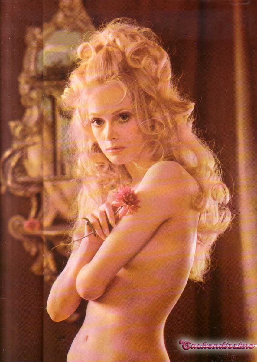 karolina kurkova: Tina Sherman Nude
