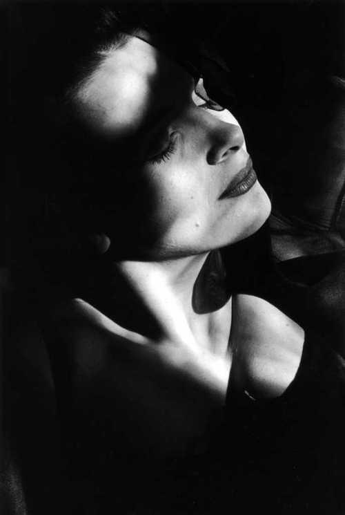 Juliette Binoche par Edouard Boubat-2