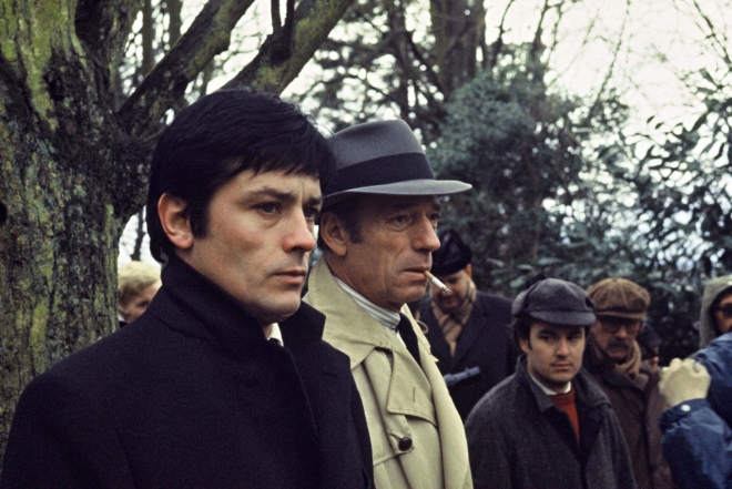 On the set of Le Cercle rouge; with Yves Montand.