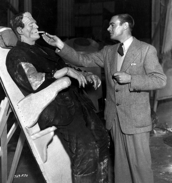Colin Clive lights Boris Karloff´s cigarette on the set of The Bride of Frankenstein