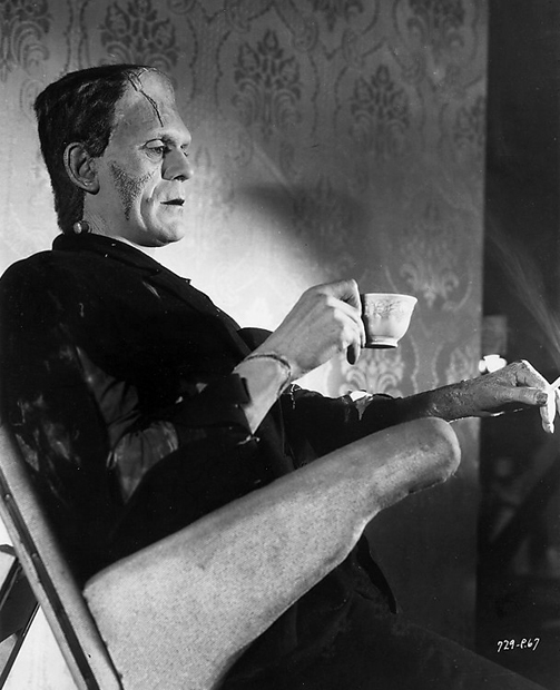 Tea break for The Bride of Frankenstein´s Boris Karloff