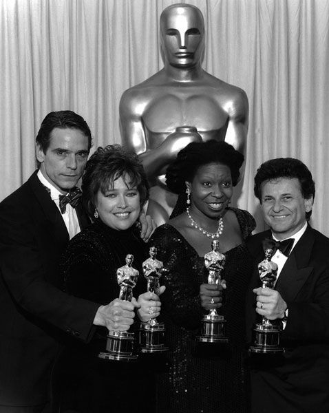 Jeremy Irons for 'Reversal of Fortune', Kathy Bates for 'Misery', Whoopi Goldberg for 'Ghost' and Joe Pesci for 'Good Fellas' in 1991.