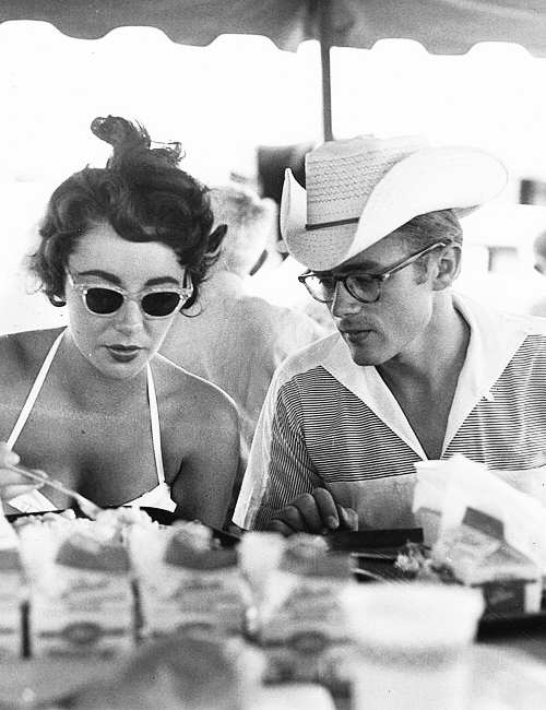 "Elizabeth Taylor and James Dean on set of ""Giant"" (1956)"