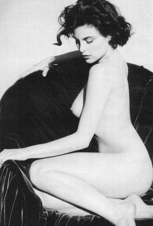 Twin Peaks' Sherilyn Fenn for Playboy, December 1990 photographed by Barry Hollywood-3