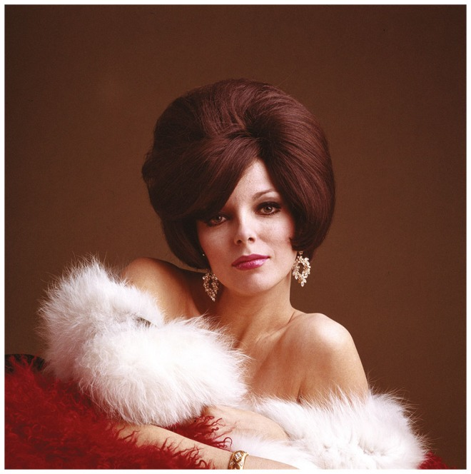 joan-collins-1965-c2a9-ormond-gigli