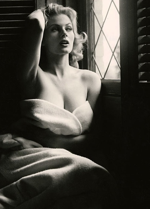 Anita Ekberg by Peter Basch-3