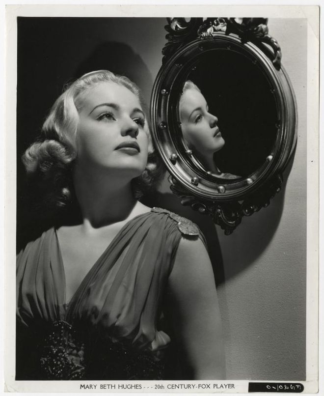 Vintage 1940's mary beth hughes sultry platinum blonde photograph frank powolny