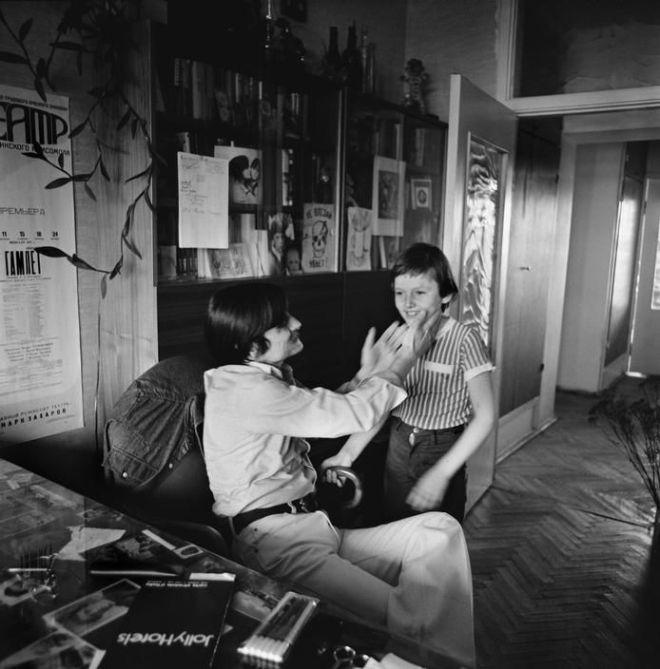 Andrei Tarkovsky and his son Andrei by Gueorgui Pinkhassov, 1979