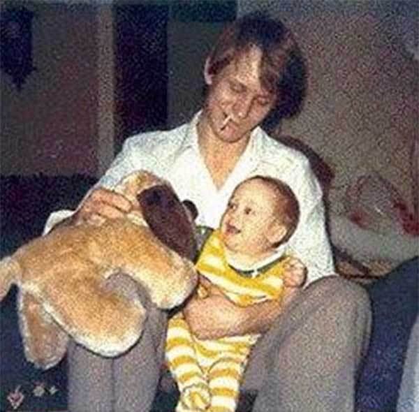 15th_Stellan Skarsgård with his son Alexander Skarsgård, 1976.