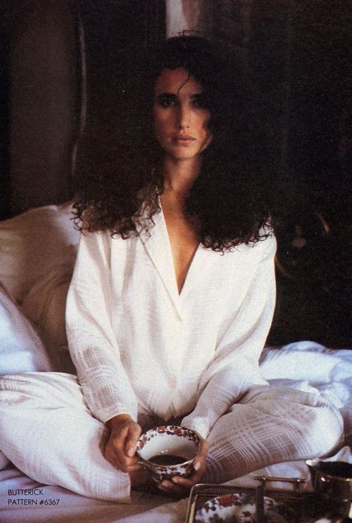 Vogue US, November 1984Photographer  Elizabeth Novick Andie MacDowell