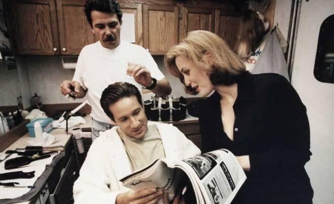 David & Gillian on set of the X files