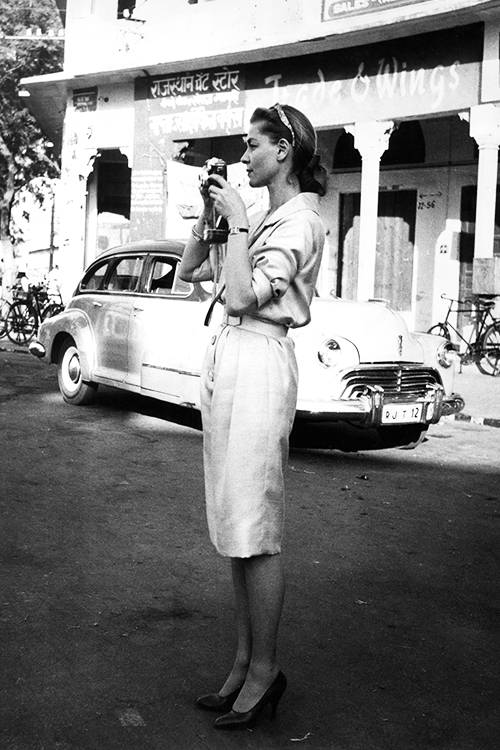 Mandatory Credit: Photo by REX (14779b) Lauren Bacall filming in Jaipur, India Various 1966