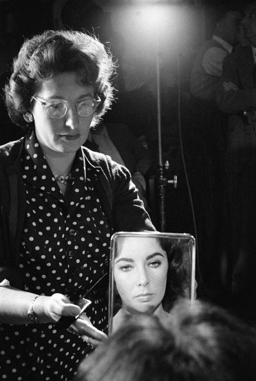 13th_Elizabeth Taylor on the set of Suddenly, Last Summer (1959, dir. Joseph L. Mankiewicz) PhotographerBurt Glinn