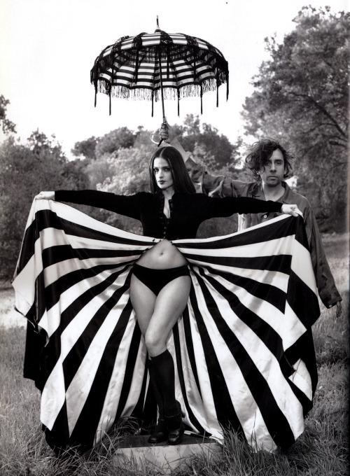 17th_Lisa Marie & Tim Burton by Mary Ellen Mark