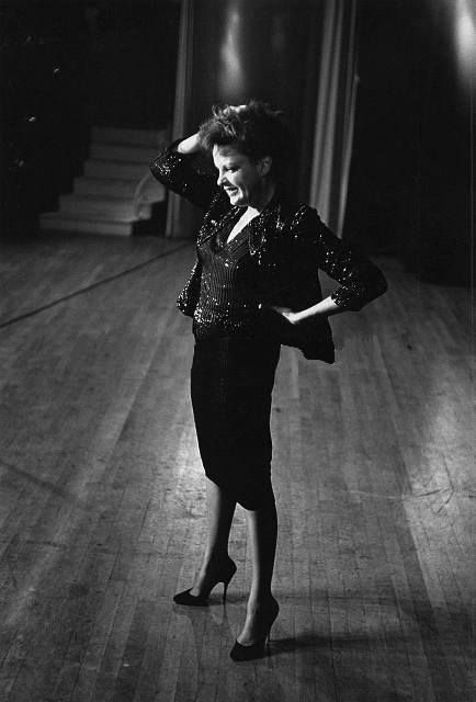 14th_Judy Garland in rehearsal for her TV show, 1963
