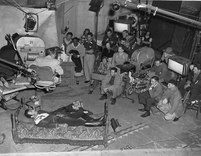 17_On the set up of The Bad and the Beautiful directed by Vincente Minnelli, 1952..jpg