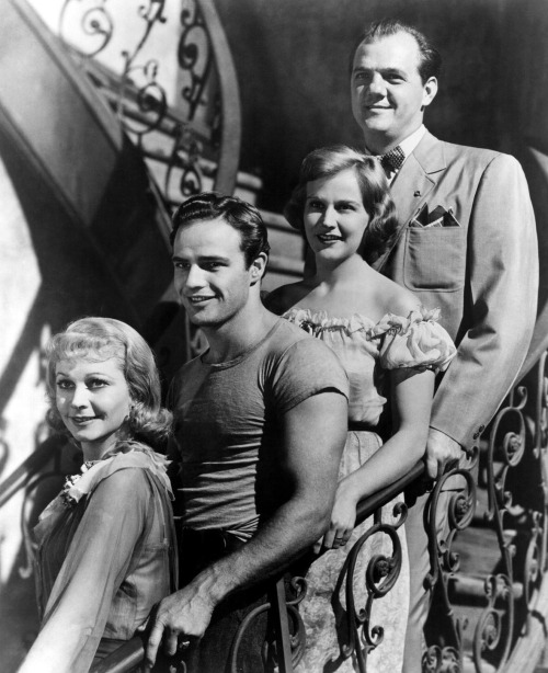 "29_On the set of ""A streetcar named desire""-1.jpg"