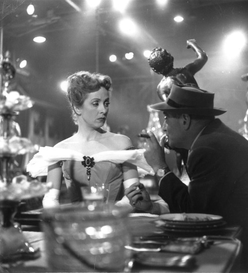 5_Vittorio De Sica, Danielle Darrieux & Max Ophuls on the set of The Earrings of Madame de...,1953-1
