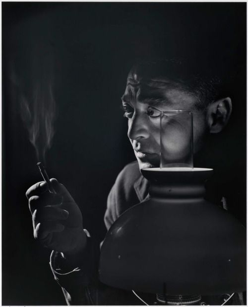 24_Peter Lorre. Photo by Yousuf Karsh, 1946..jpg