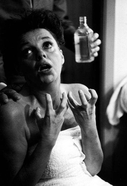 27_Judy Garland. Photo by William Claxton..jpg