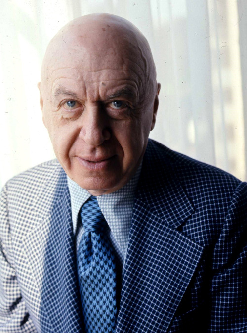2_Otto Preminger in 1976, by Allan Warren.jpg