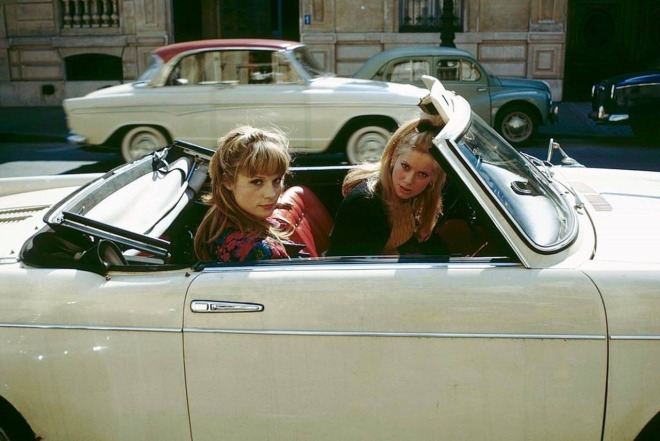 25_Catherine Deneuve and Francoise Dorleac photographed by Francois Gragnon, April 1964.jpg
