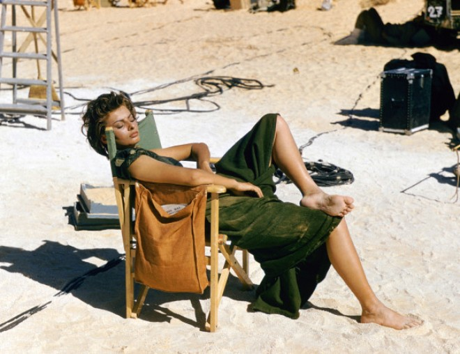 5_Sophia Loren on the set of Legend of the Lost, 1957.jpg