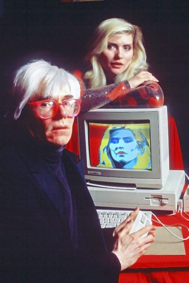 6_Andy Warhol & Debbie Harry with Amiga 1000, 1985..jpg