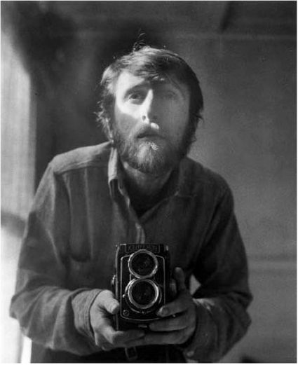 Wallace Berman Self-portrait, Los Angeles c.1957.jpg