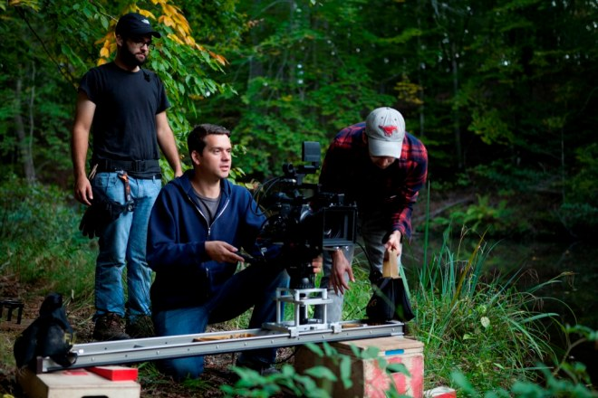 15_Jeremy Saulnier on the set of Blue Ruin (2014).jpg