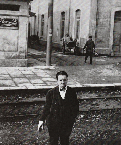 9_A young Alfred Hitchcock on the set of his first film, 'The Pleasure Garden', (Italy, 1925).jpg