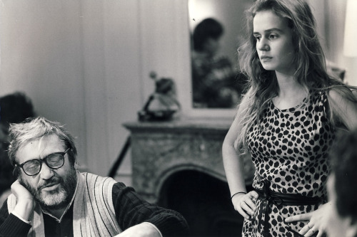 maurice-pialat-sandrine-bonnaire-on-the-set-of-a-nos-amours-2