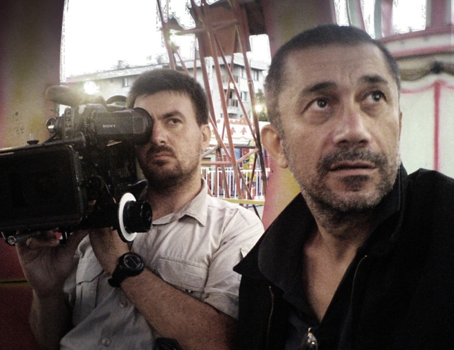 nuri-bilge-ceylan-and-cinematographer-gokhan-tiryaki-filming-three-monkeys-2008-2