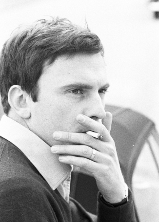 15_jean-louis-trintignant-photographed-by-angelo-frontoni-1962-2