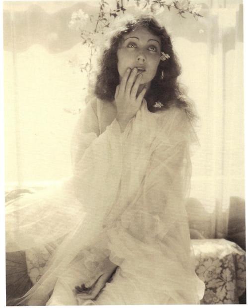 17_Steichen, Fay Wray Ophelia 1930.jpg
