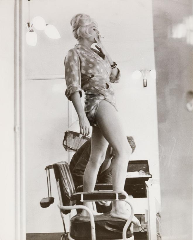 3_Pierluigi Praturlon - Anita Ekberg, 1960.jpg