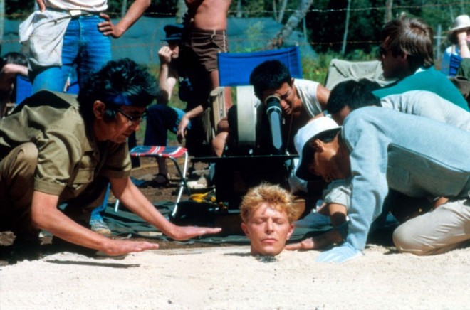 4_David Bowie on the set of Nagisa Ôshima's Merry Christmas, Mr. Lawrence..jpg
