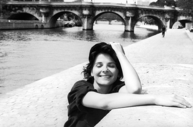 juliette-binoche-photographed-by-robert-doisneau-1991-3