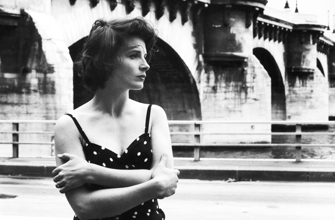 juliette-binoche-photographed-by-robert-doisneau-1991-5