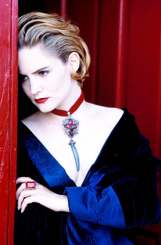 11_Jennifer Jason Leigh photographed by Lance Staedler.jpg