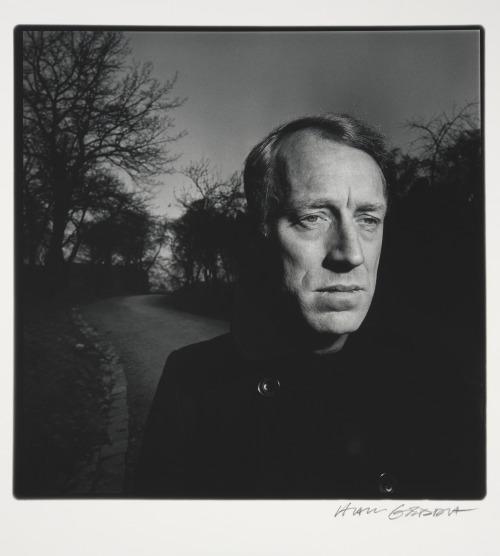 29_Max von Sydow by Hans Gedda.jpg