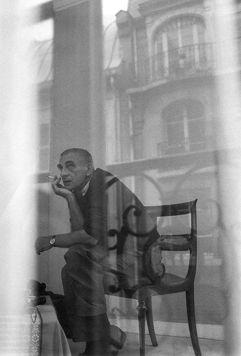 15_Krzysztof Kieślowski (Paris, 1992) photographed by Yoshihiro Kawaguchi.jpg