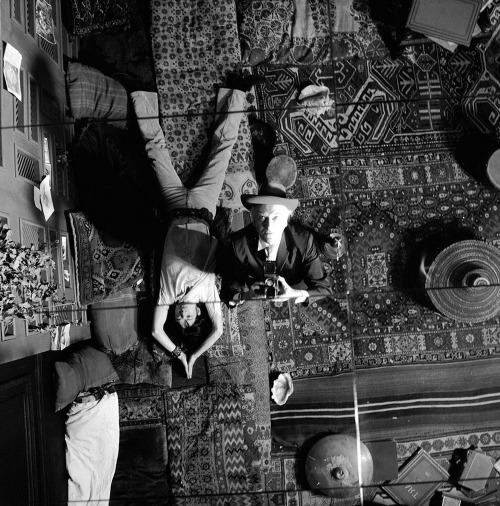 8_Mick Jagger, Anita Pallenberg and photographer Cecil Beaton on the set of Performance (dir. Nicolas Roeg, 1970) at 15 Lowndes Square, London.