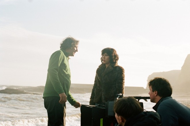 Jonathan Glazer and Scarlett Johansson on the set of Under the Skin-4
