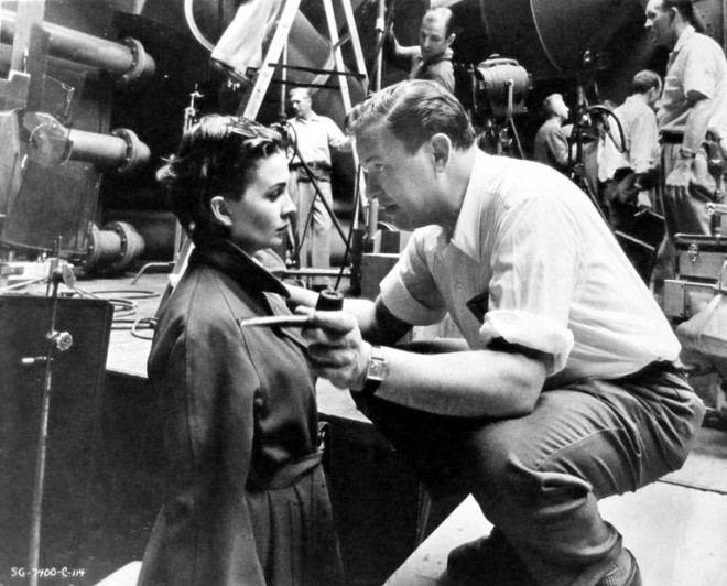13_Joseph L. Mankiewicz directs Jean Simmons on the set of Guys and Dolls.jpg