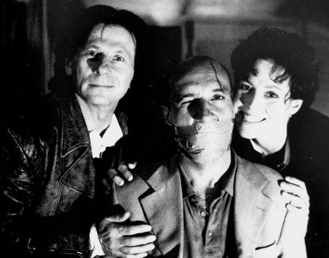 4_Director Roman Polanski, Ben Kingsley and Sigourney Weaver on the set of Death and the Maiden..jpg