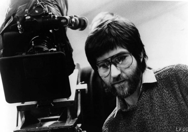 1_Tobe Hooper on the set of LIFEFORCE, 1985.jpg