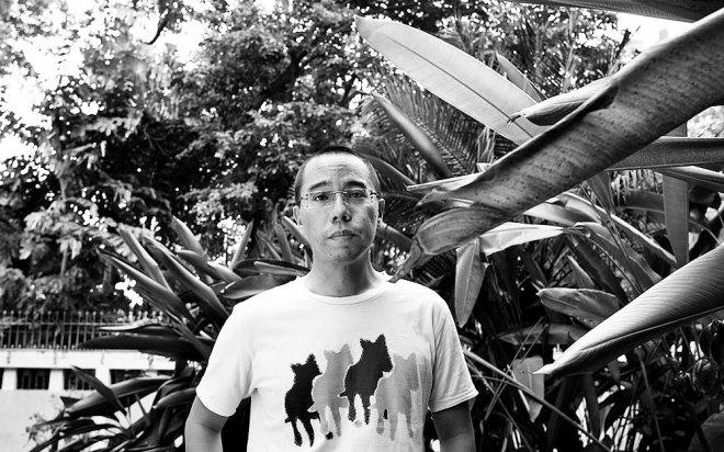 21_Apichatpong Weerasethakul photographed by Nicolas Guerin, 2009-1